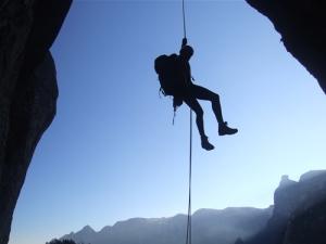 segurando as cordas