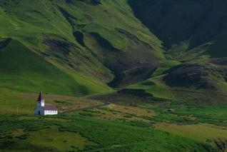 ISLANDIA32